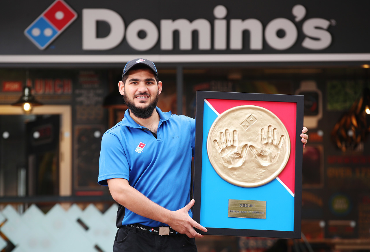 Meet The Dominos Chef Who Can Make 133 Pizzas An Hour