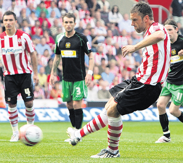 Southampton FC's Rickie Lambert nets Saints' second penalty against Yeovil Town