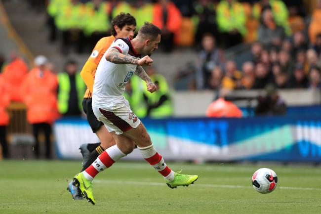Danny Ings gives Saints the lead at Molineux