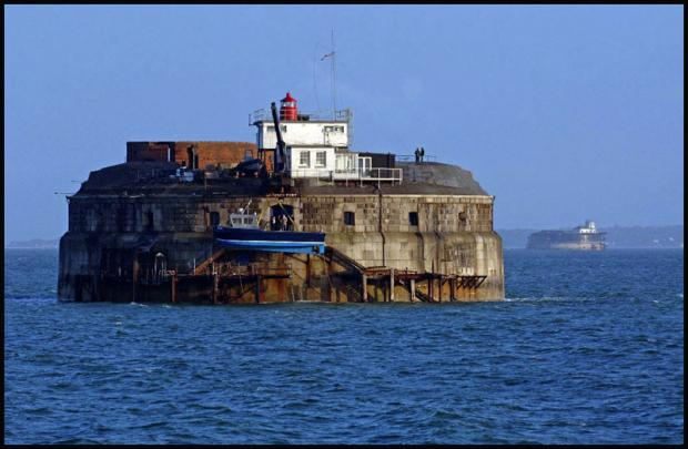 Daily Echo: Spitbank fort wins top award