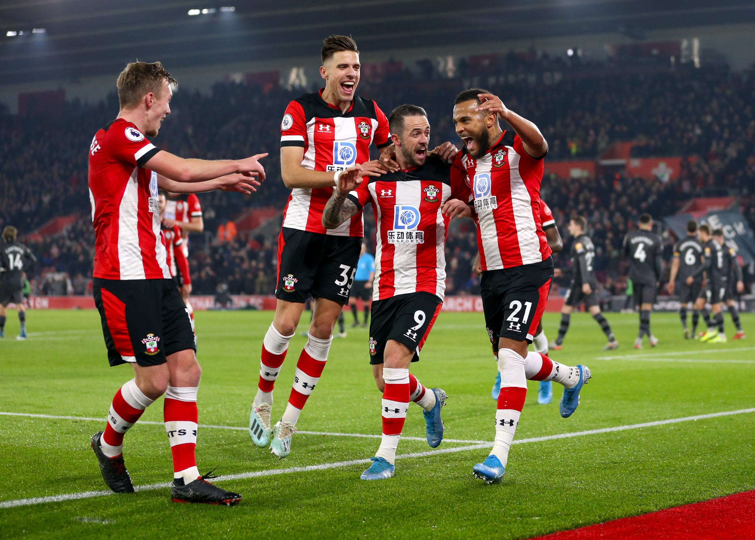 Southampton 2 Norwich 1: Saints climb out of bottom three