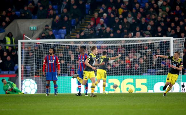 Crystal Palace 0 Southampton 2: Four successive away wins for Saints