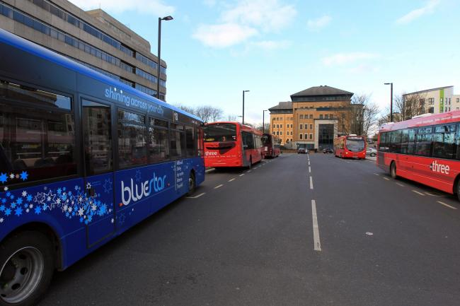 Buses in Wyndham Place near Southampton Central railway station.                        Picture: Chris Moorhouse        Thursday 23rd February 2017.