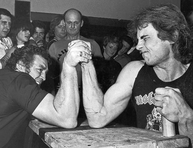 arm Wrestling at the King's Head, Romsey in 1983.