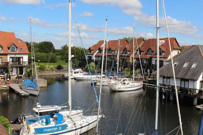 £549,950 Endeavour Way, Hythe Marina Village.