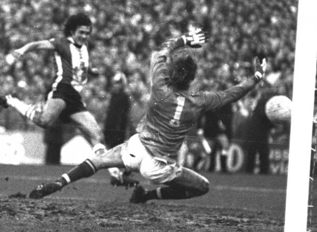 Steve Moran scoring his most famous Saints goal
