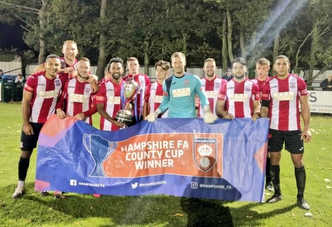 Sholing won the Russell Cotes Cup (Picture: Sholing FC)
