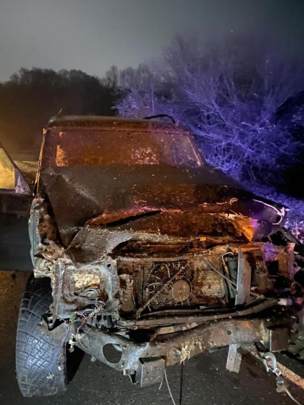 Daily Echo: The Land Rover Discovery involved in the accjident asat Roger Penny Way, near Brook. Picture: Hampshire police/Twitter.