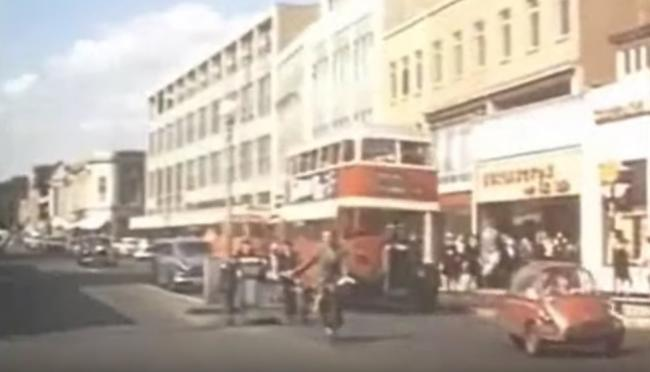 Watch: Incredible video of shopping in Southampton before pedestrianisation