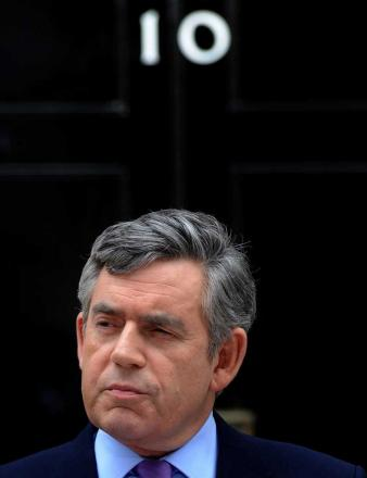 Gordon Brown to resign as Labour leader