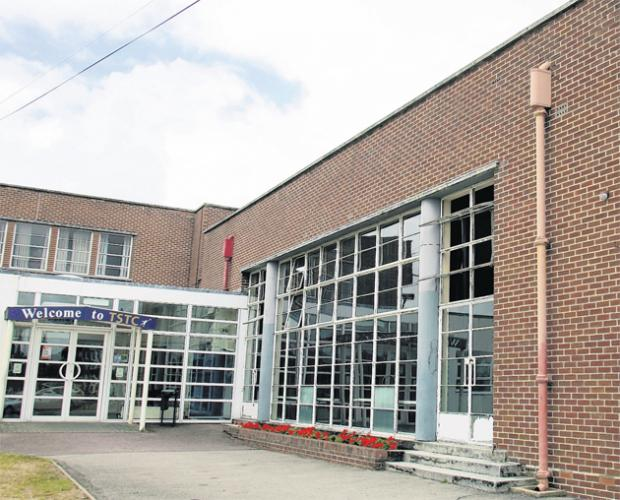 Daily Echo: Sholing Technology College