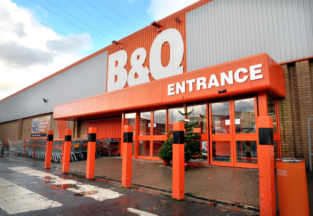 B&Q refuses to rule out job losses