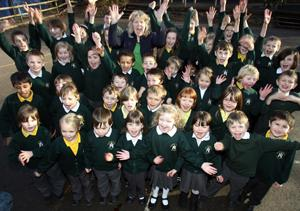 CELEBRATING: Head teacher Amanda Jones with Stanmore Primary pupils. Echo picture by Chris Moorhouse. order no: 11884915