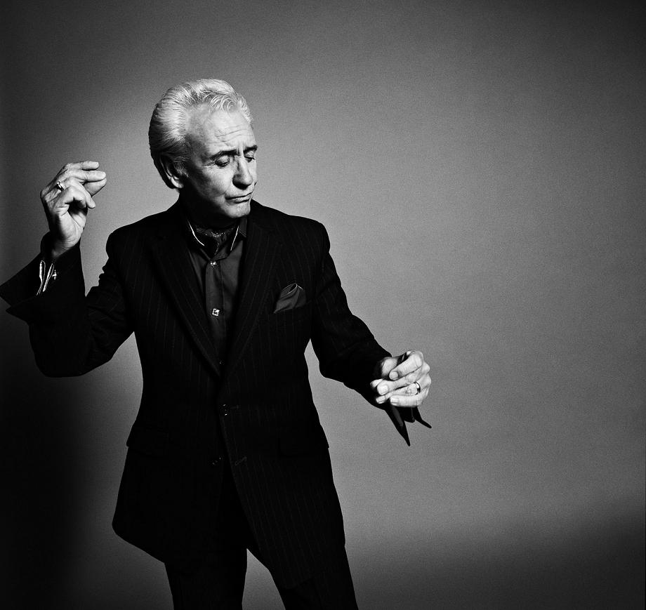 Is This The Way to Amarillo? Tony Christie impresses at The Concorde