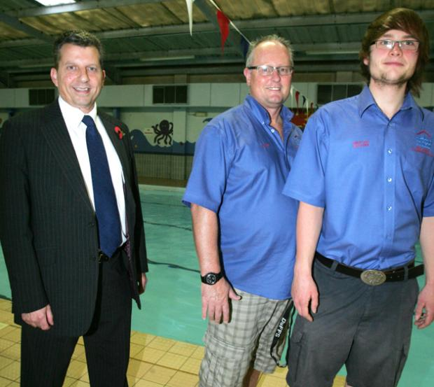 55 000 needed to save community pool from daily echo for Red lodge swimming pool southampton