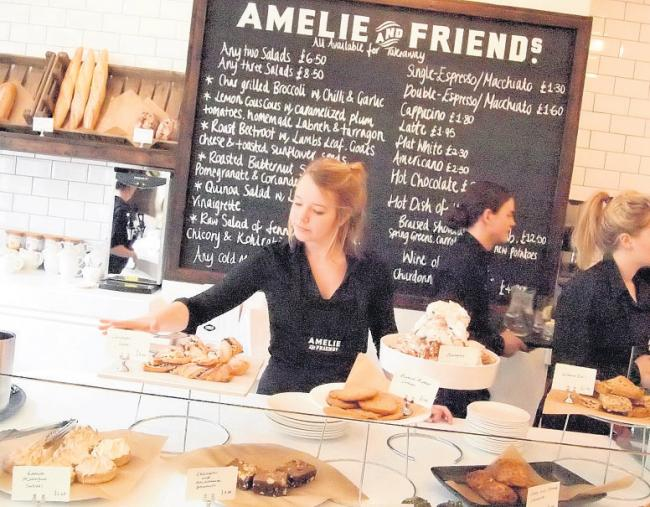 Amelie and Friends, Chichester