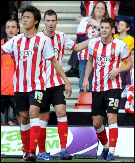 Images from the npower Championship match between Saints and Barnsley at St Mary's Stadium. The unauthorised downloading, editing, sale or distribution of this image is strictly prohibited.