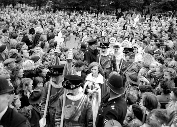 In years gone by thousands of spectators attended the crowning of the Eastleigh Carnival Queen.