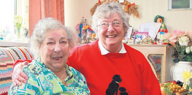 Daily Echo: Beryl Hatchley, right, with Vera Culley.