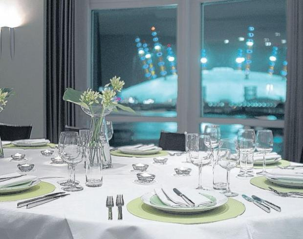 The Radisson Edwardian New Providence Wharf Hotel offers stunning views of the o2 Arena