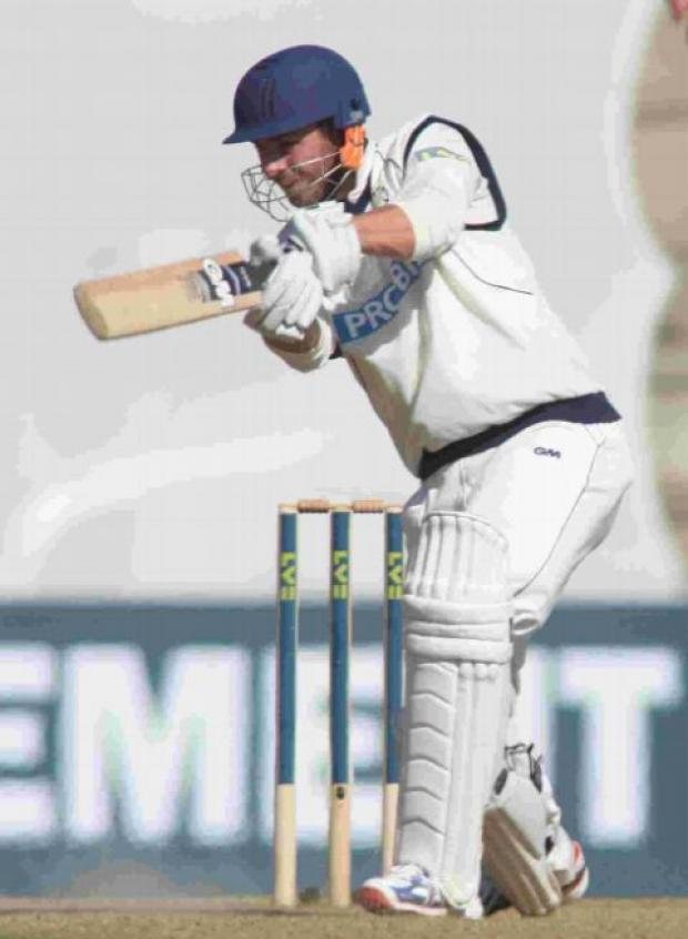 Vince heroics not enough for Hampshire