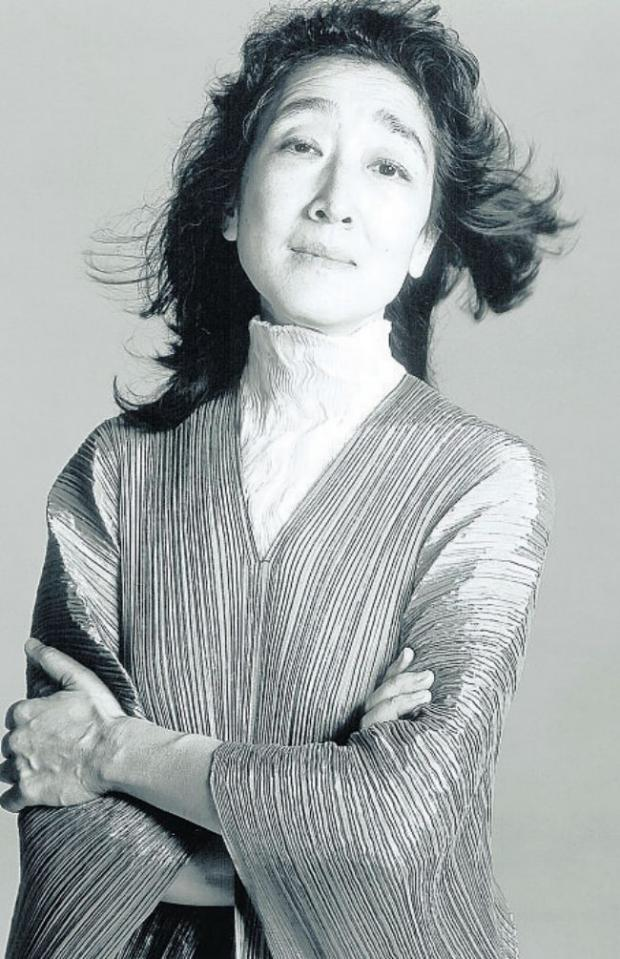 Mitsuko Uchida - picture by Richard Avedon