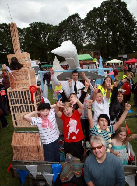 Weekend in Pictures June 9th - 10th, 2012. Copythorne Carnival.