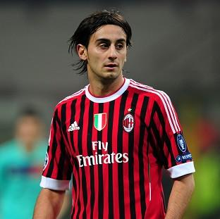 Alberto Aquilani could bolster AC Milan's midfield options