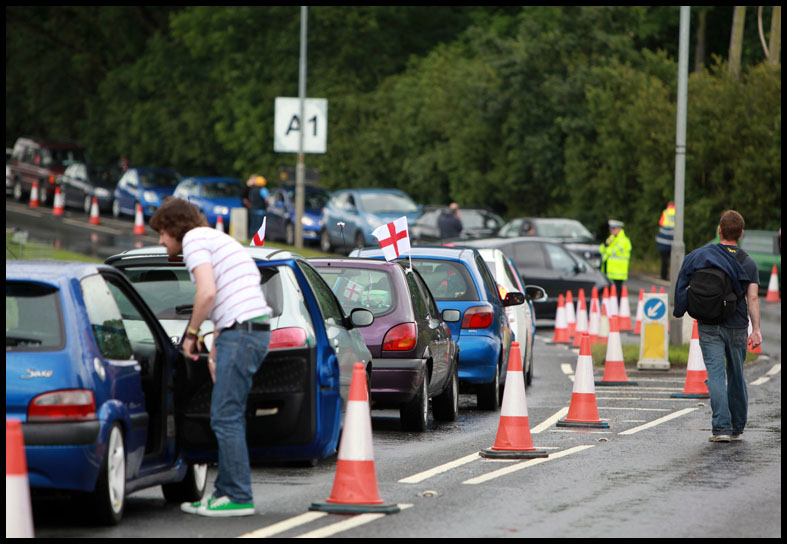 400 cars still queuing amid scenes of festival chaos