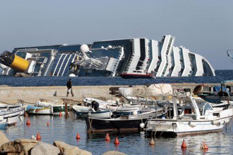 The stricken Costa Concordia.