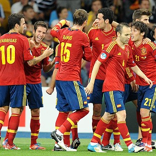 Spain outshine Italy for Euro glory