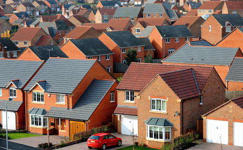 Council row over plans for 1,000 homes