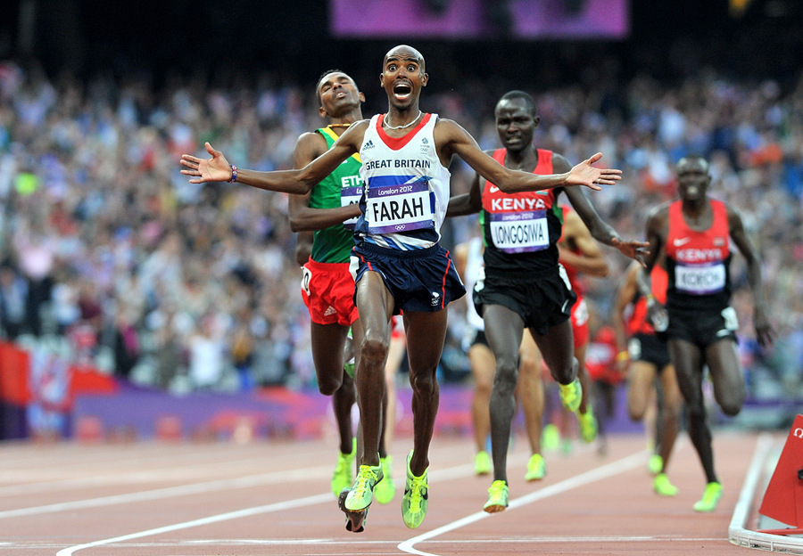 Mo Farah wins 5,000m gold