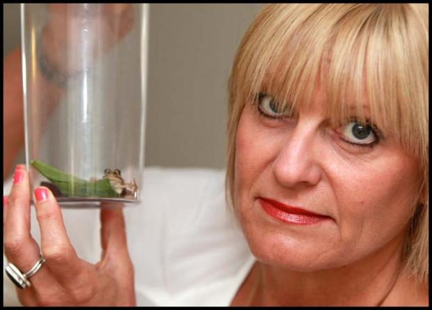 Mum finds live frog in bag of Waitrose sald