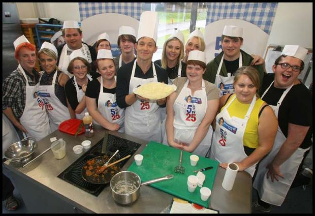 GMTV's Ben Shephard gives students a cookery lesson
