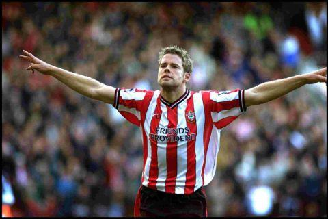 James Beattie celebrates his Fulham hat-trick