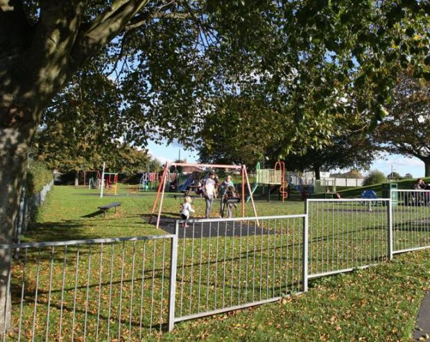 Armed gang threatened to shoot teenagers in playground
