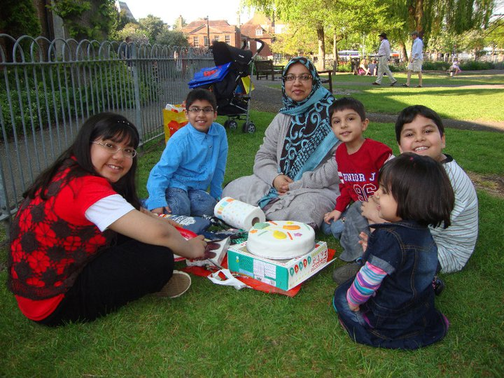 Sabah Usmani, centre, with her children (left to right) Hira, 12, Sohaib, 11, Rayyan, 6, Muneeb, 9, and Muneeb, 3