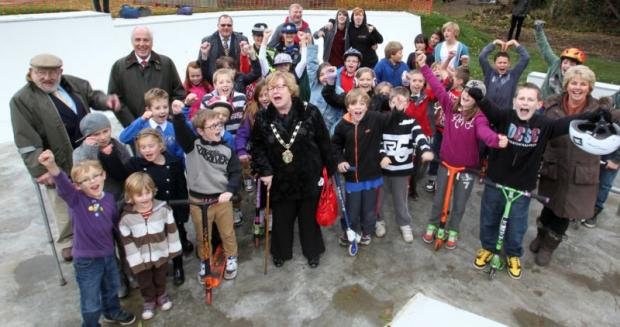 Test Valley mayor Dorothy Baverstock joins in the celebrations at the opening of the skate park.