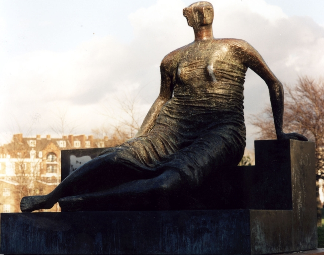 Henry Moore's Draped Seated Woman