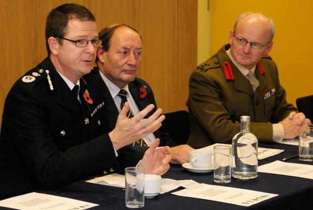 Hampshire police and military police join forces to fight domestic abuse