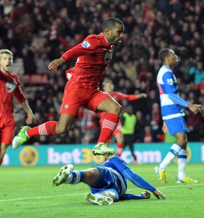 Puncheon fires Saints to victory