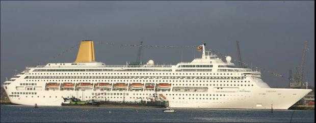Bug-stricken cruise ship docks in Southampton