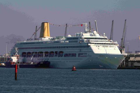 P&O Cruises ship Oriana was struck by a vomiting bug in December.