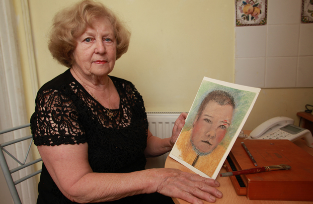 Conman's victim paints fraudster who tricked her out of hundre