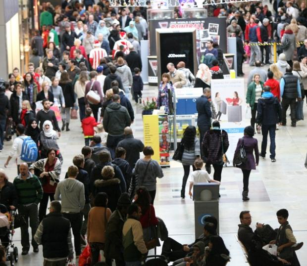 92,000 clamour for a bargain at WestQuay