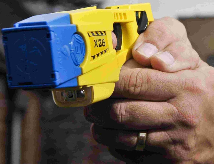 More frontline police to be armed with Taser guns?