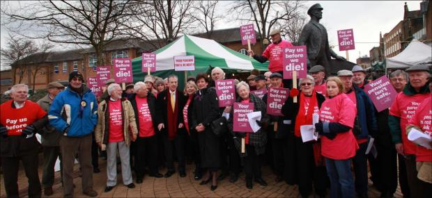 Daily Echo: Equitable Life campaigners lobby candidates in Eastleigh today.