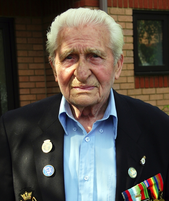 Hundreds expected at funeral of World War Two veteran