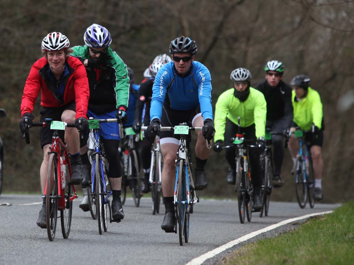 Thousands of cyclists take to the New Forest